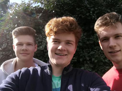 Huawei P10 Gruppen-Selfie ohne Weitwinkel